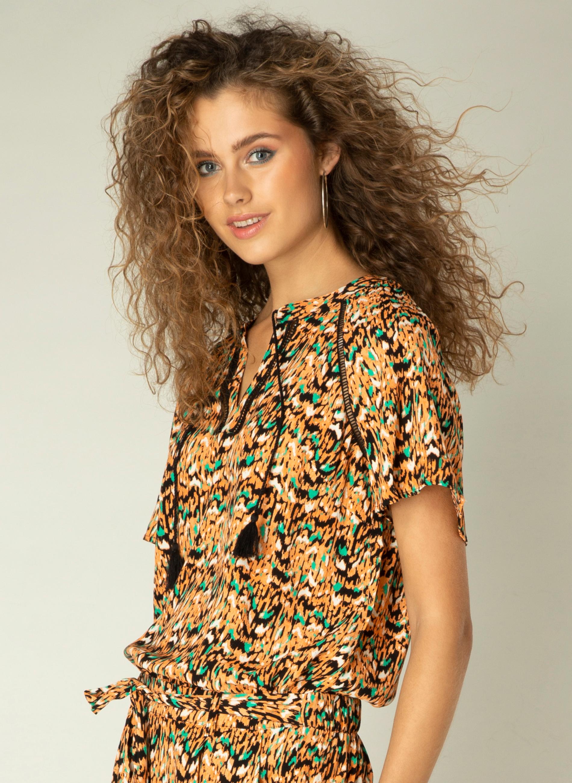 Yest blouse Keera 66 cm
