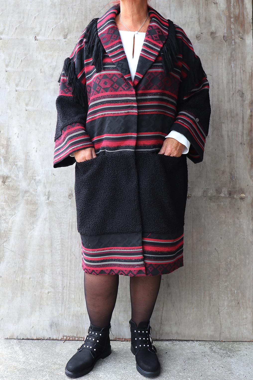 Jas Mat fashion print franjes