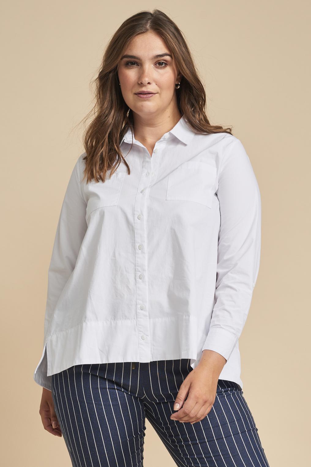 Adia blouse opengwerkte rand rug