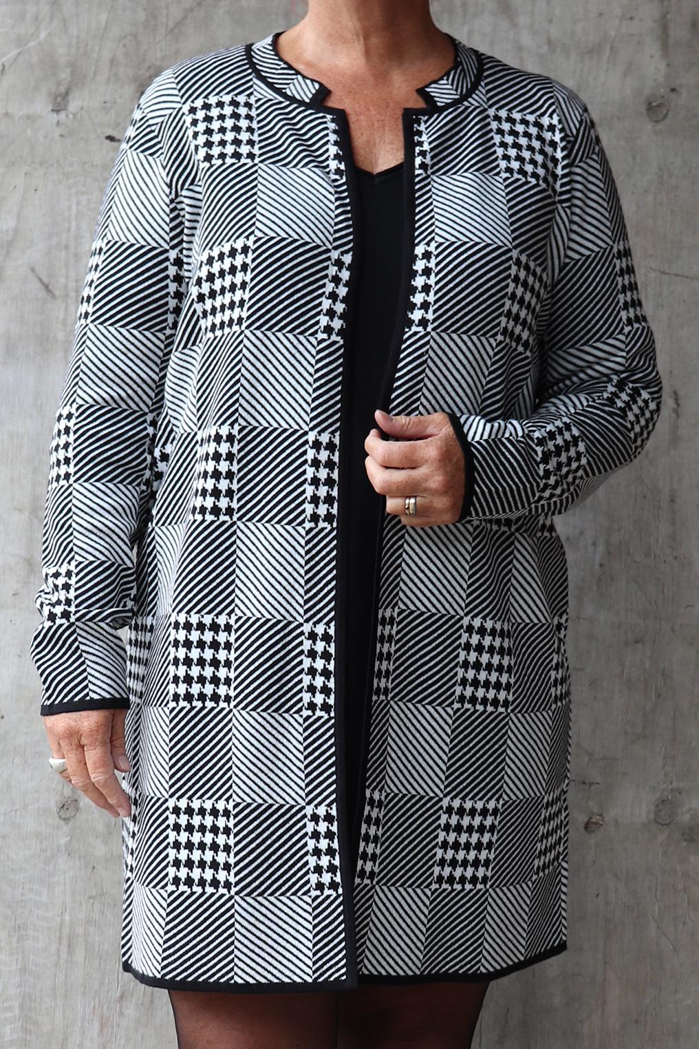 Vest Request patchwork effect