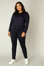 Base Level Curvy - Yesta legging Ada