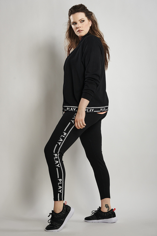 Legging Only Play LUNA tekst